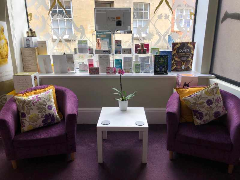 the-wellbeing-clinic-calne-waiting-area